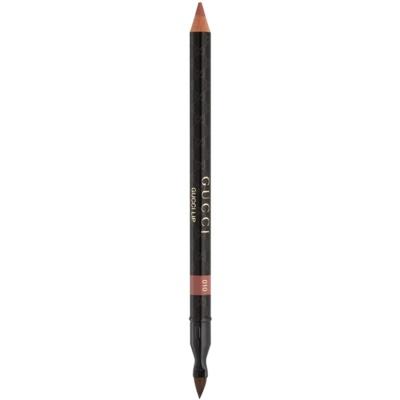 konturovací tužka na rty