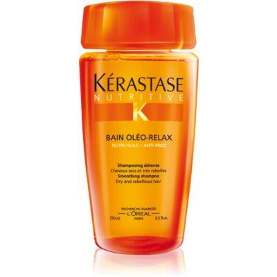 Shampoo-Kur für trockenes und kaum zu bändigendes Haar sowie für die Volumenregulierung