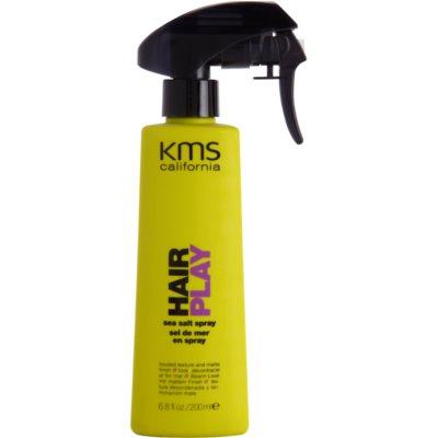 Haarspray für einen Strandeffekt