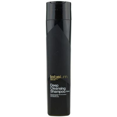 почистващ шампоан за чувствителна кожа на скалпа