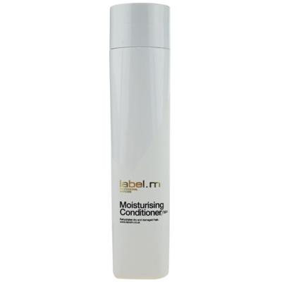 vyživující kondicionér pro všechny typy vlasů