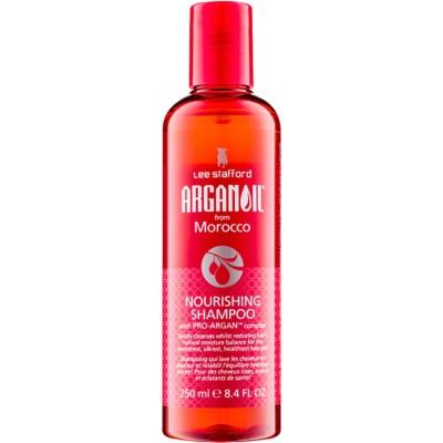 Shampoo mit ernährender Wirkung für das Haar