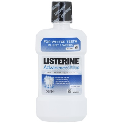 Listerine Advanced White collutorio con effetto sbiancante