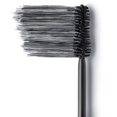 Extending Mascara For Extra Volume