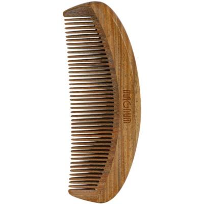 guajakfából készült fésű