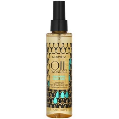 vyživujúci olej pre lesk vlnitých a kučeravých vlasov