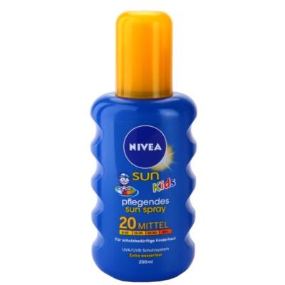 színezett napozó spray gyermekeknek SPF 20