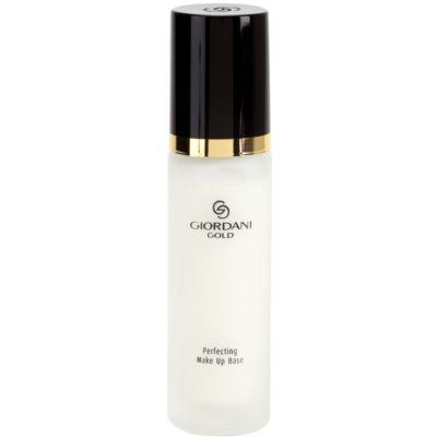 Make-up Basis für klare und glatte Haut