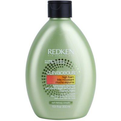 kremni šampon za valovite lase in lase s trajno ondulacijo