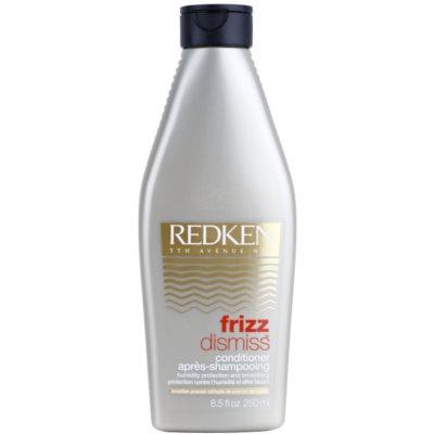 glättender Conditioner gegen strapaziertes Haar
