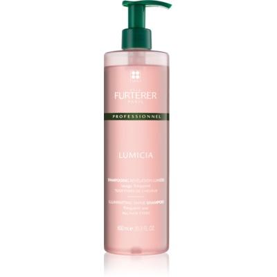 szampon rozświetlający do nabłyszczania i zmiękczania włosów