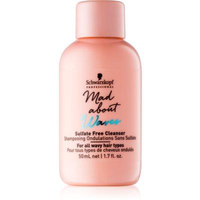 Schwarzkopf Professional Mad About Waves shampoing hydratant pour cheveux bouclés et frisés sans sulfates