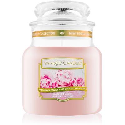 Yankee Candle Blush Bouquet vonná svíčka 411 g Classic střední
