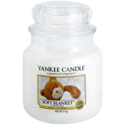 Yankee Candle Soft Blanket Scented Candle  Classic Medium