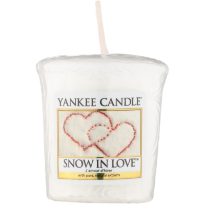 Yankee Candle Snow in Love Votive Candle