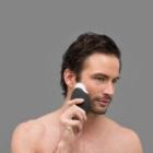 FOREO Foreo Luna™ for Men szónikus tisztító készülék kisimító hatással