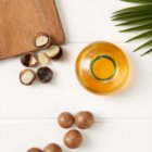 Garnier Botanic Therapy Coco Milk & Macadamia Nourishing Shampoo for Dry and Coarse Hair