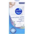 Pearl Drops Everyday White pasta de dientes blanqueadora para dientes sensibles