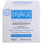 Uriage Bariéderm Regenerating Ointment On Cracked Skin