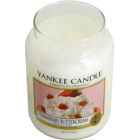 Yankee Candle Strawberry Buttercream vela perfumada  623 g Classic grande
