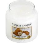 Yankee Candle Soft Blanket lumanari parfumate  411 g Clasic mediu