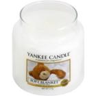 Yankee Candle Soft Blanket vonná svíčka 411 g Classic střední