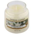 Yankee Candle Sparkling Snow vonná svíčka 104 g Classic malá