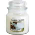 Yankee Candle Shea Butter dišeča sveča  411 g Classic srednja
