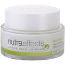 Avon Nutra Effects Balance crema de zi matifianta SPF 15 50 ml