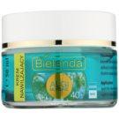 Bielenda Sea Algae Moisturizing Creme gegen die ersten Zeichen von Hautalterung 40+ (Hydro-Active Formula, Silicone Free) 50 ml
