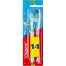 Colgate Extra Clean Zahnbürste Medium 2 pc Green & Pink (Reaches Back Teeth)