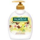 Palmolive Naturals Smooth Delight flüssige Seife für die Hände mit Pumpe 300 ml