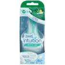 Wilkinson Sword Intuition Sensitive Care borotva (With 100% Natural Aloe + Vitamin E)