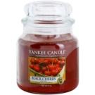 Yankee Candle Black Cherry vonná sviečka 411 g Classic stredná
