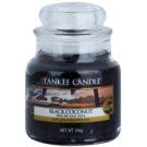 Yankee Candle Black Coconut ароматизована свічка  104 гр Classic  маленька