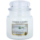 Yankee Candle Fluffy Towels lumanari parfumate  411 g Clasic mediu