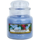 Yankee Candle Garden Sweet Pea Scented Candle 104 g Classic Mini