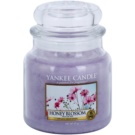 Yankee Candle Honey Blossom ароматизована свічка  411 гр Classic  середня