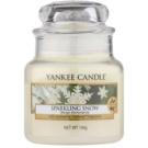 Yankee Candle Sparkling Snow illatos gyertya  104 g Classic kis méret