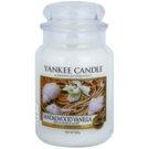 Yankee Candle Sandalwood Vanilla dišeča sveča  623 g Classic velika
