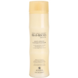 Alterna Bamboo Smooth après-shampoing anti-frisottis sans sulfates ni parabènes  250 ml