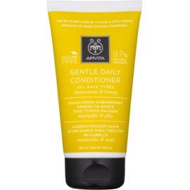 Apivita Holistic Hair Care Chamomile & Honey kondicionér pro každodenní použití bez silikonů  150 ml