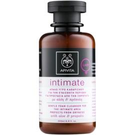 Apivita Intimate nježni pjenasti gel za čišćenje za intimnu higijenu  200 ml