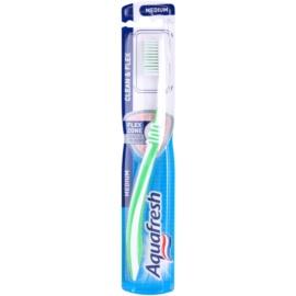 Aquafresh Clean & Flex zubní kartáček medium