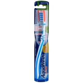 Aquafresh Tooth & Tongue escova de dentes medium