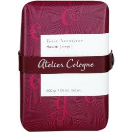 Atelier Cologne Rose Anonyme parfémované mýdlo unisex 200 g