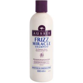 Aussie Frizz Miracle shampoing lissant pour cheveux indisciplinés et frisottis  300 ml