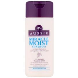 Aussie Miracle Moist šampon pro suché a poškozené vlasy  75 ml