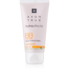 Avon True NutraEffects posvetlitvena BB krema SPF 15 odtenek Light 30 ml