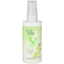 Avon Foot Works Beautiful felfrissítő spray a lábra zöld citrommal és cukornáddal  100 ml
